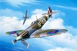 REVELL 1/72 Supermarine Spitfire MkIIa